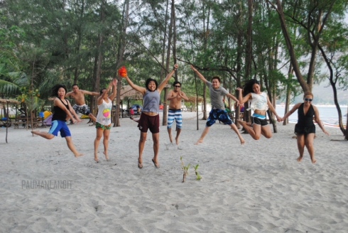The mandatory jump shot :)